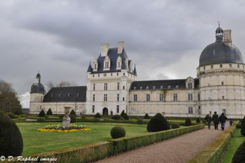 Chateau-de-Valencay-divers-photographie-aerienne-par-drone-prisedevueaerienne