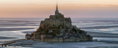 Mont-Saint-Michel-normandie-2018-photographie-aerienne-par-drone-prisedevueaerienne