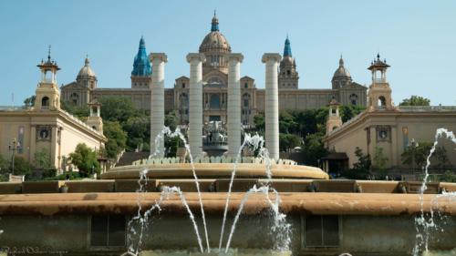 fontaine-Barcelone-plan-de-cinema-par-drone-inspire-2