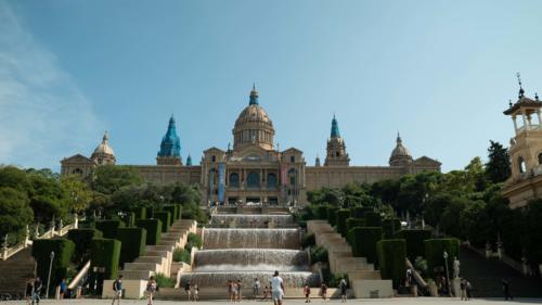 palais-Barcelone-plan-de-cinema-par-drone-inspire-2